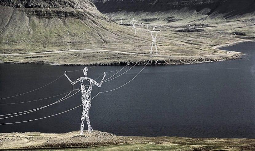 Torre eléctrica Islandia