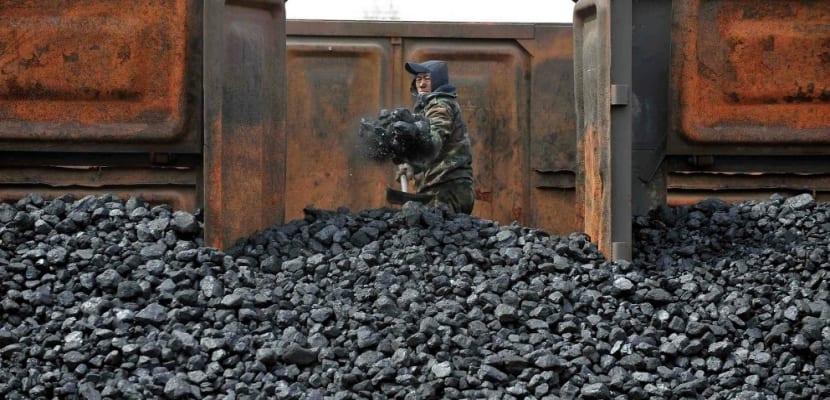 El uso masivo del carbón y sus consecuencias atmosféricas