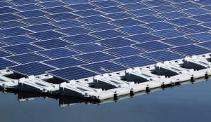 Mayor planta energía solar flotante