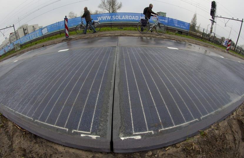 Carril bici solar