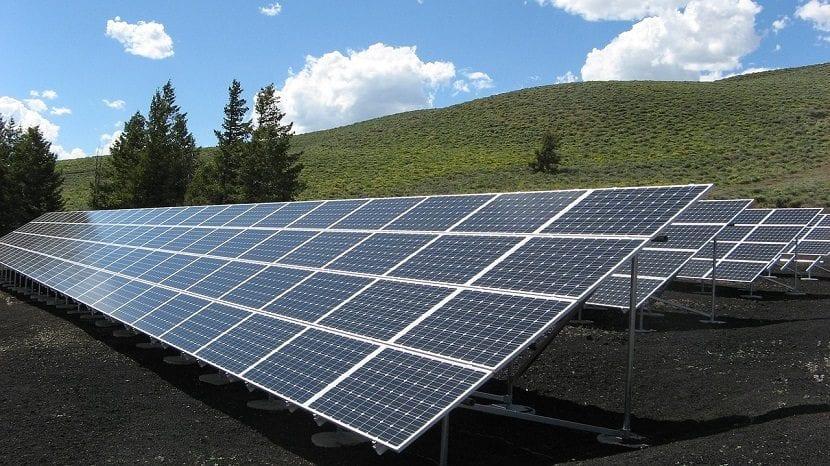 invertir en energías renovables aumentará el PIB mundial