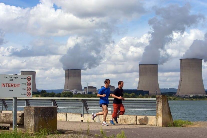 la energía nuclear no es aceptada por muchos ciudadanos