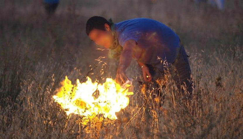 Existen intereses económicos tras los incendios forestales