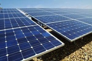 bajar costes de inversion de energía solar