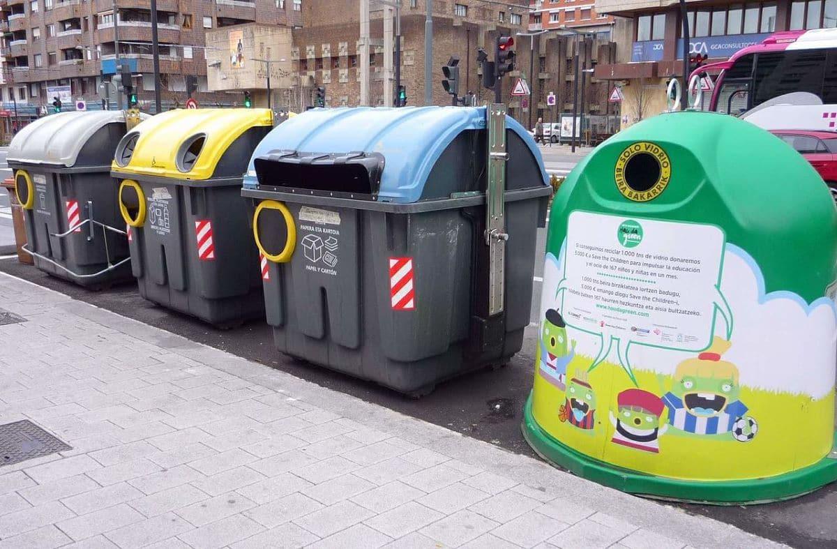 Hay varios tipos de contenedores de reciclaje