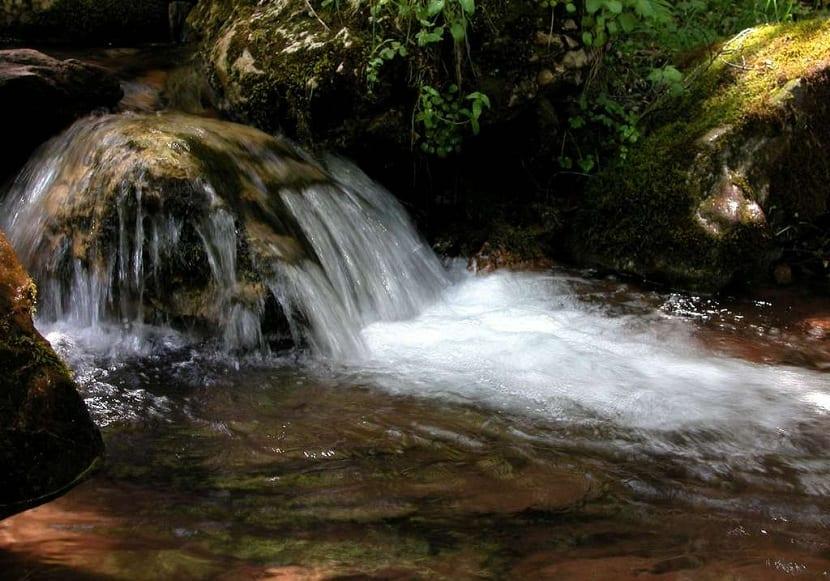 la calidad del agua viene establecida por la Directiva Marco del Agua
