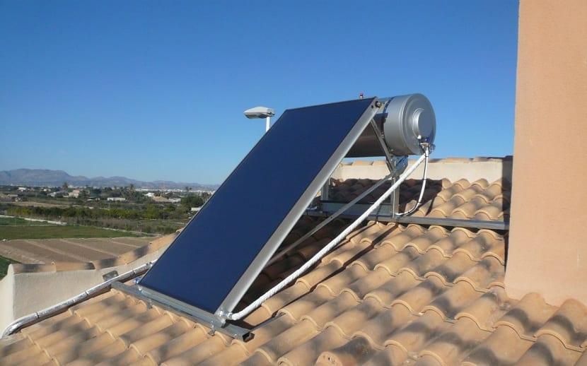placas solares que funcionan con baja radiación solar