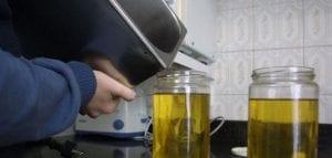 el aceite usado debe reciclarse