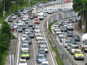 ruido de la congestión y tráfico