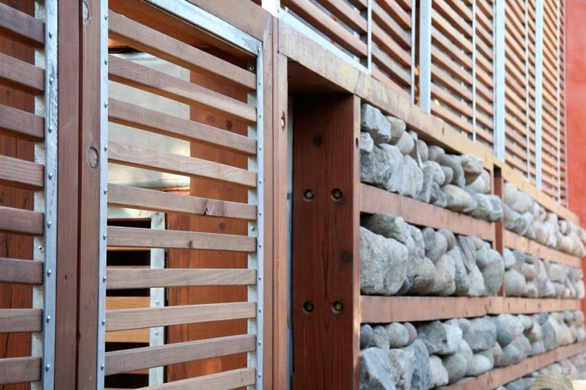 Caracter sticas y tipos de casas ecol gicas - Materiales de construccion para fachadas ...