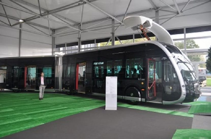 autobus-tranvia