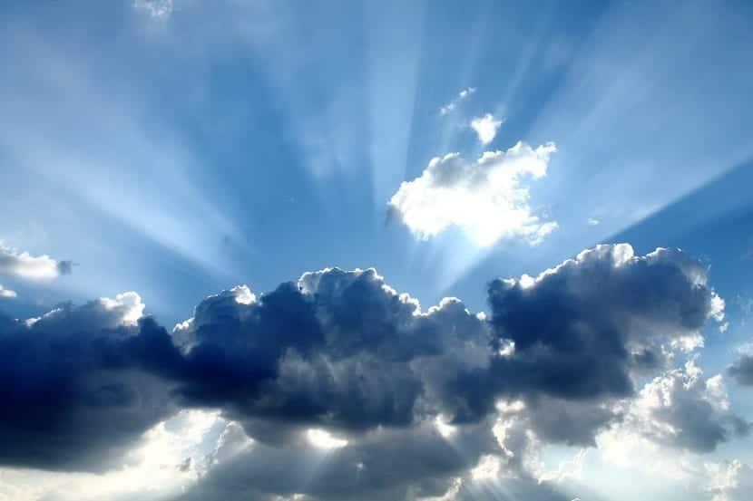 las nubes se forman por condensación del vapor de agua