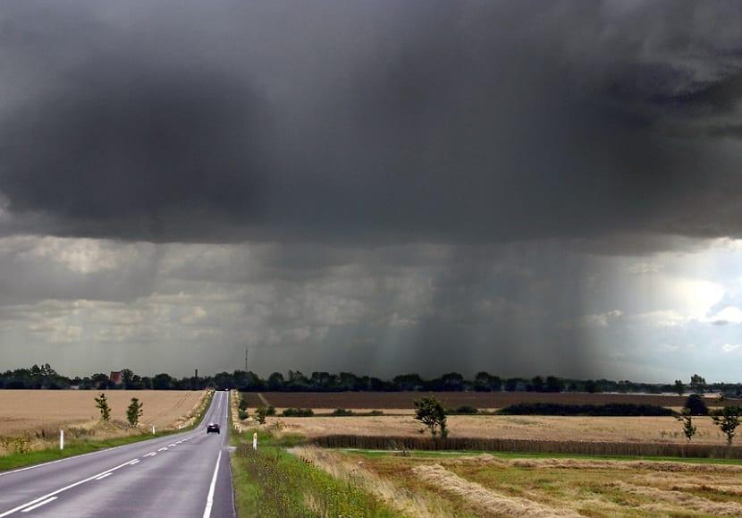 la precipitación en forma de lluvia es la mas abundante