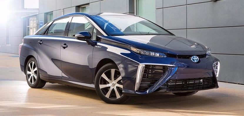 vehículo con motor de hidrógeno