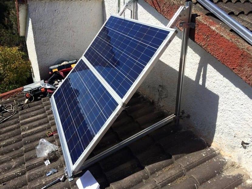 Instalación de paneles solares en el hogar