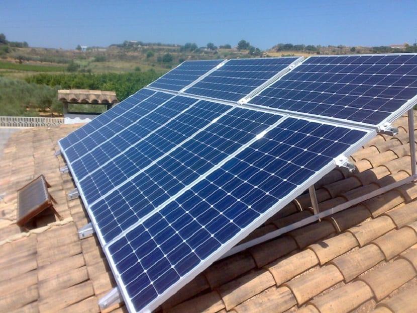 panel solar en vivienda