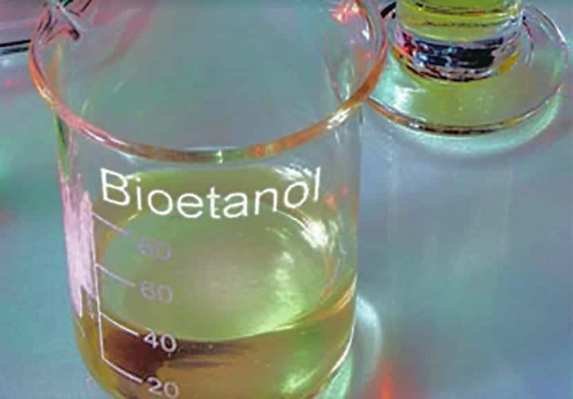 Elaboración del bioetanol en laboratorios