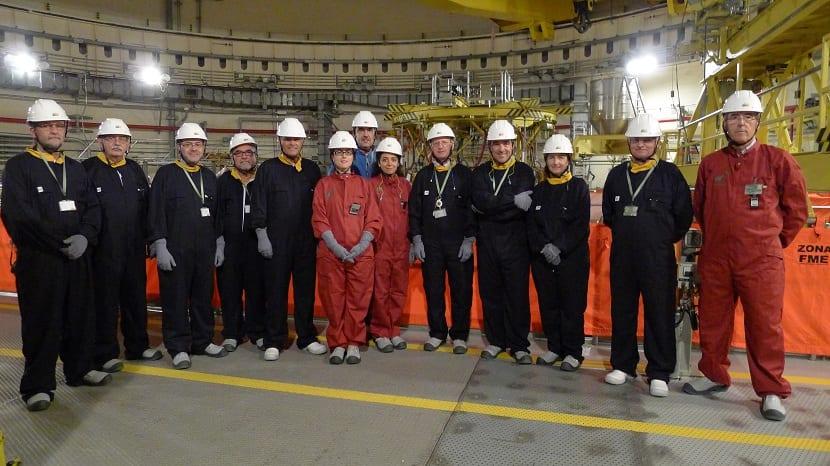 Trabajadores de la central nuclear