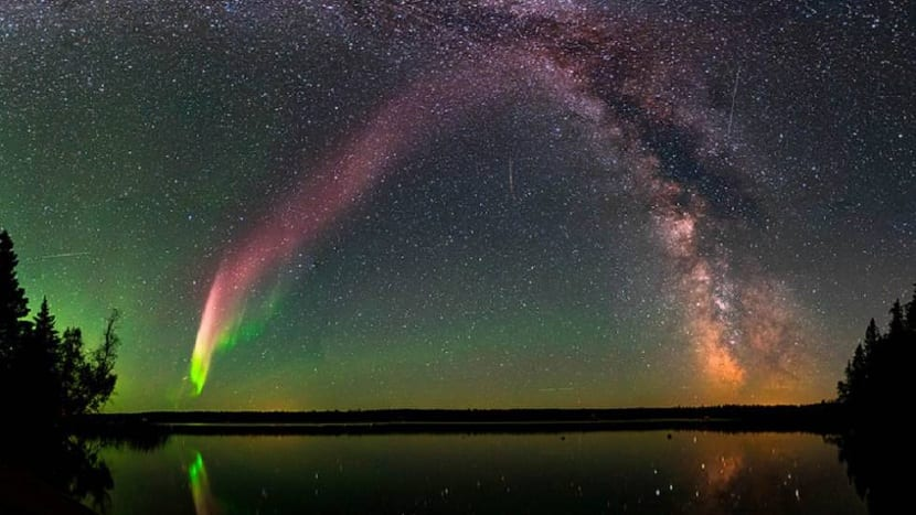 Aurora boreal purpura