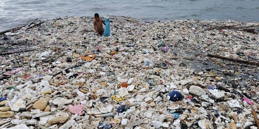 plasticos en islas