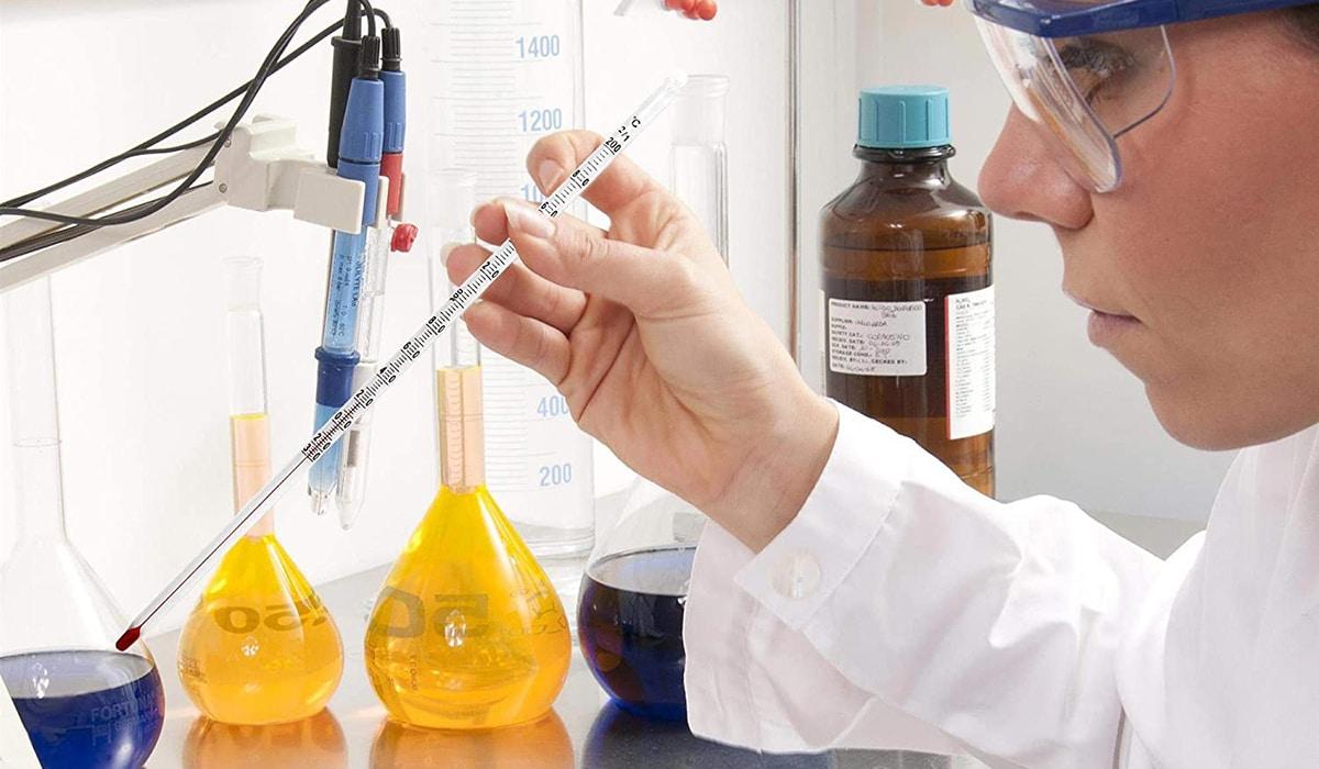 Termómetro para laboratorio