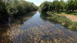 agua en rios