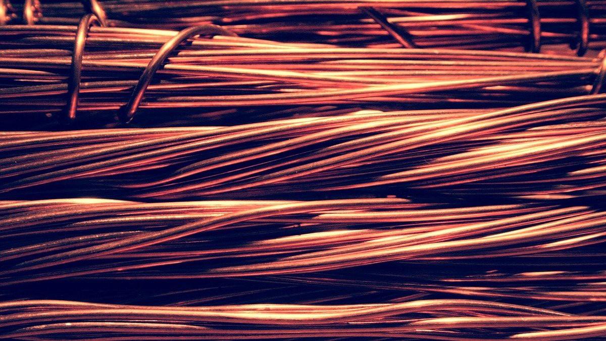 materiales conductores en obras