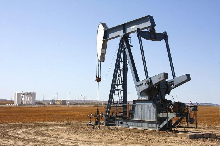 como se extrae el petroleo y sus caracteristicas