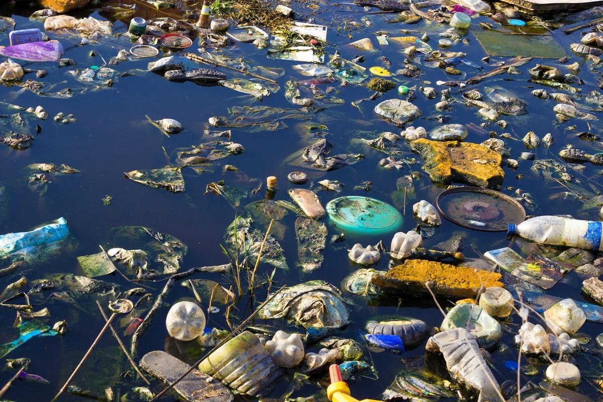 contaminacion hidrica plasticos